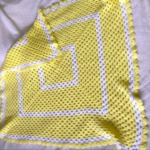 Butter Yellow white crocheted small throw